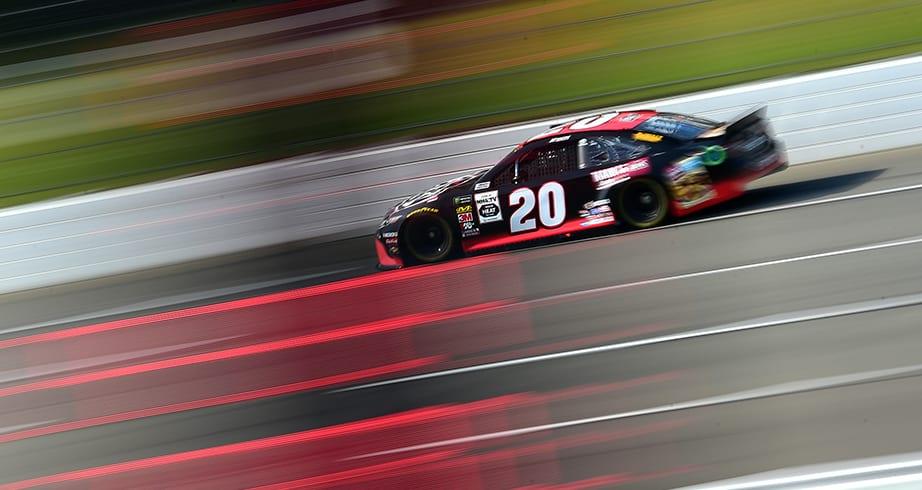 Jones, Suarez lead Pocono practice sessions as Elliott, Larson crash – NASCAR