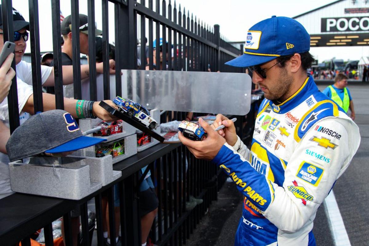 NASCAR notebook: Harvick-Busch rivalry matures into respect – KFGO News