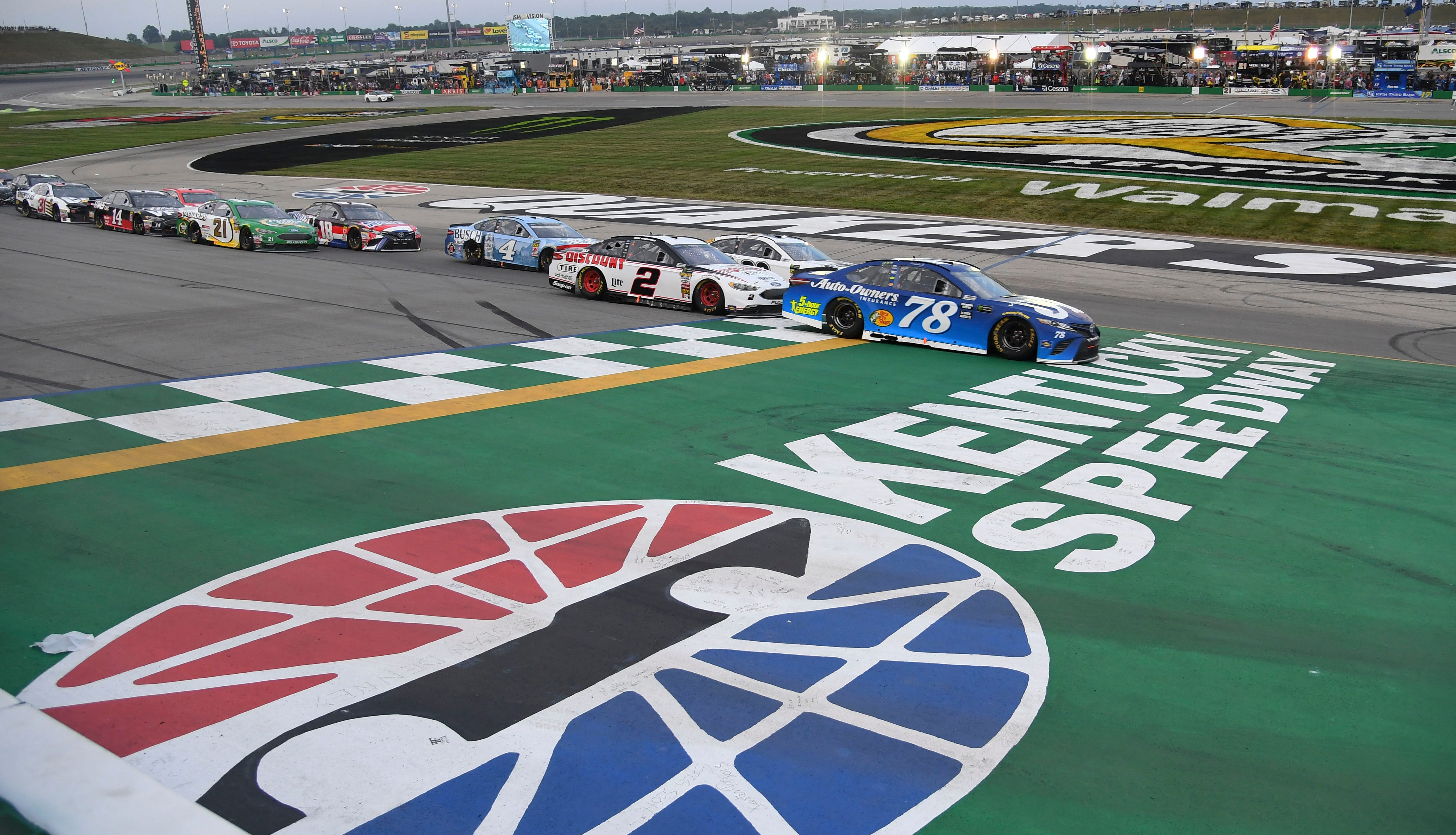 NASCAR: Quaker State 400 at Kentucky starting lineup, TV, green flag time – The Tennessean