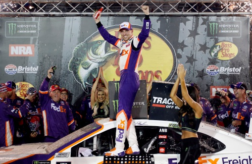 Column: Hamlin cites new maturity in turnaround NASCAR season – Athol Daily News