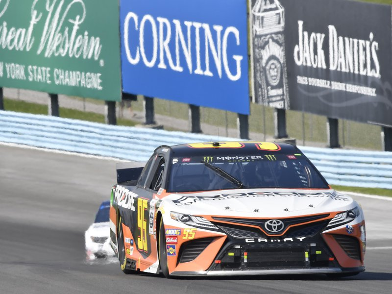 Matt DiBenedetto posts yet another NASCAR top-10 despite silly season rumors – autoweek.com