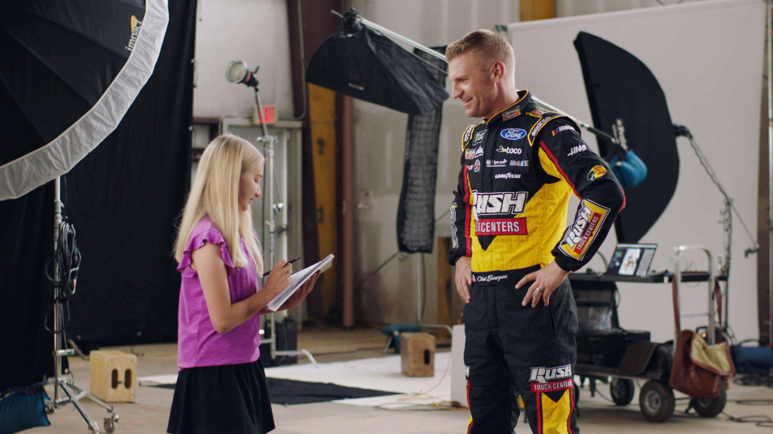 NASCAR driver Clint Bowyer quizzed by Kid Reporter – NBC Sports – Misc.