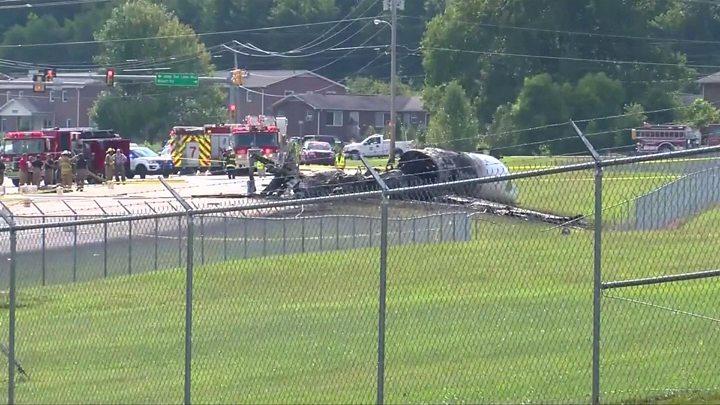 Nascar driver Dale Earnhardt survives plane crash in US – BBC News