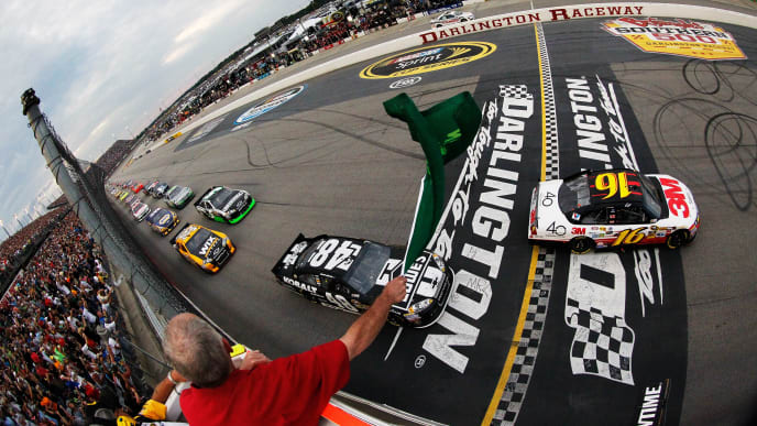 NASCAR Odds for Bojangles' Southern 500 Race, 2019 Pole Winner & Start Time – The Duel