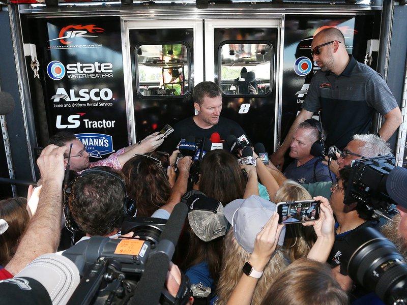 NASCAR's Dale Earnhardt Jr. opens up about plane crash – autoweek.com