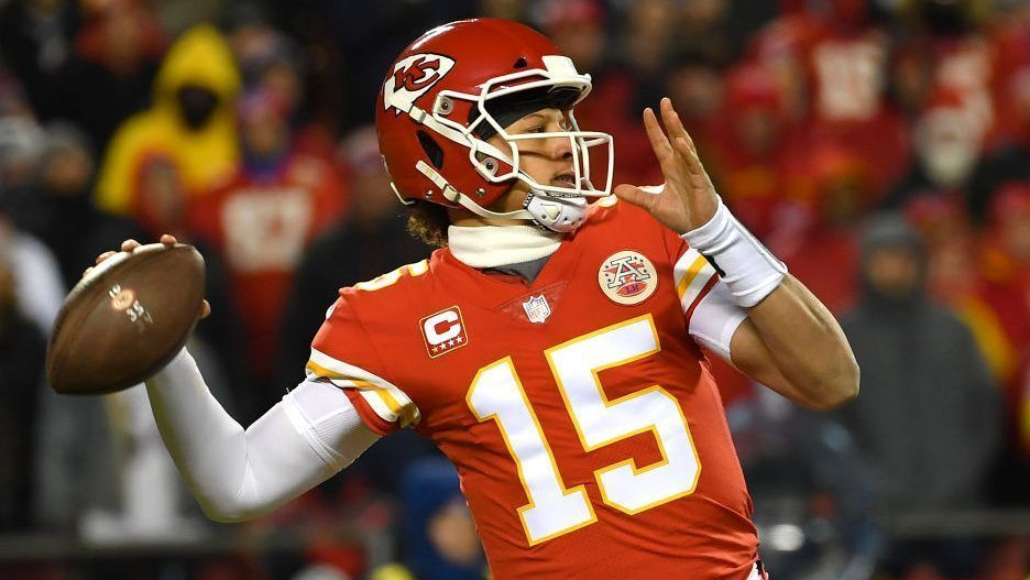 Patrick Mahomes likeness to be on hood of NASCAR Xfinity Series car – Yahoo Sports