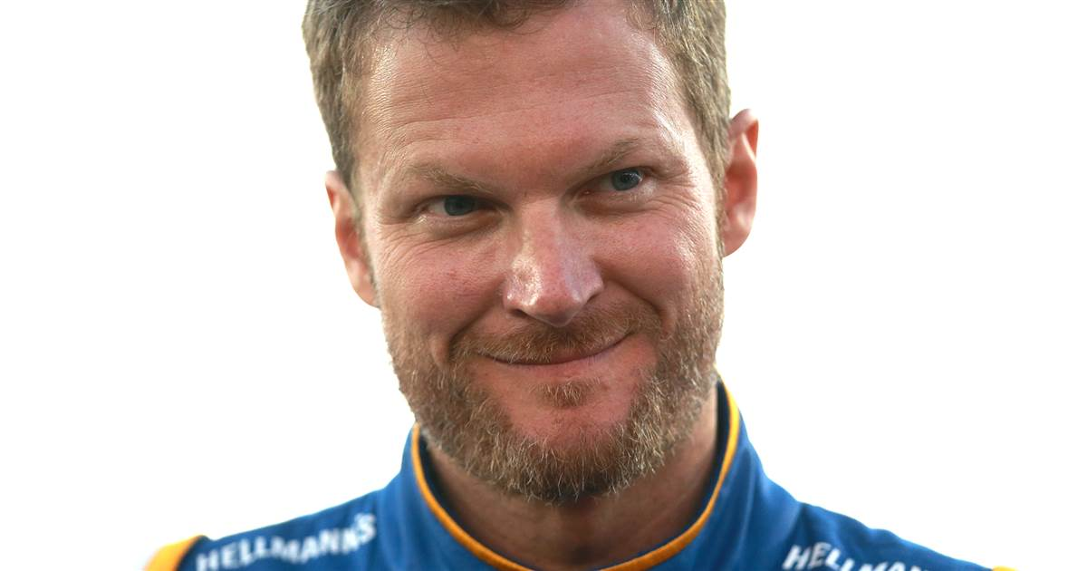Dale Earnhardt Jr. talks injuries from plane crash: 'Bruised up real bad' – Today.com