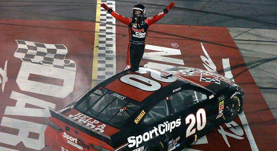 Erik Jones holds off Kyle Busch, Kyle Larson to win Southern 500 at Darlington Raceway – NASCAR