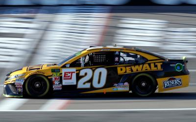 NASCAR Daily Fantasy Helper: South Point 400 – numberFire