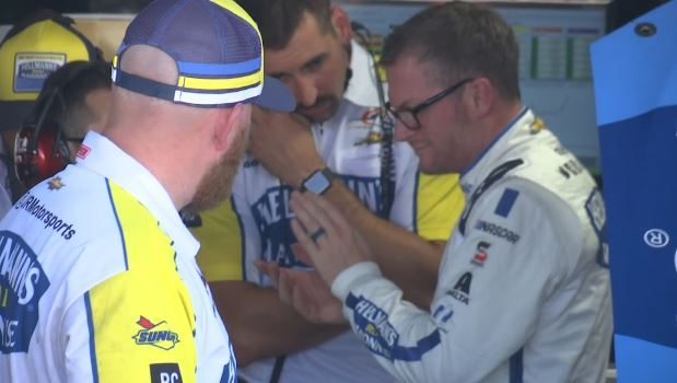 NASCAR Drivers gear up for throwback weekend at Darlington – WBTW – Myrtle Beach and Florence SC