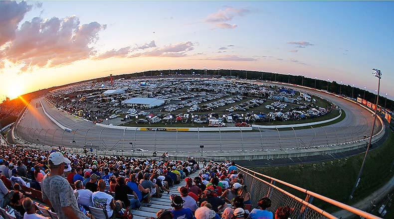NASCAR Fantasy Picks: Best Darlington Raceway Drivers for DFS – Athlon Sports