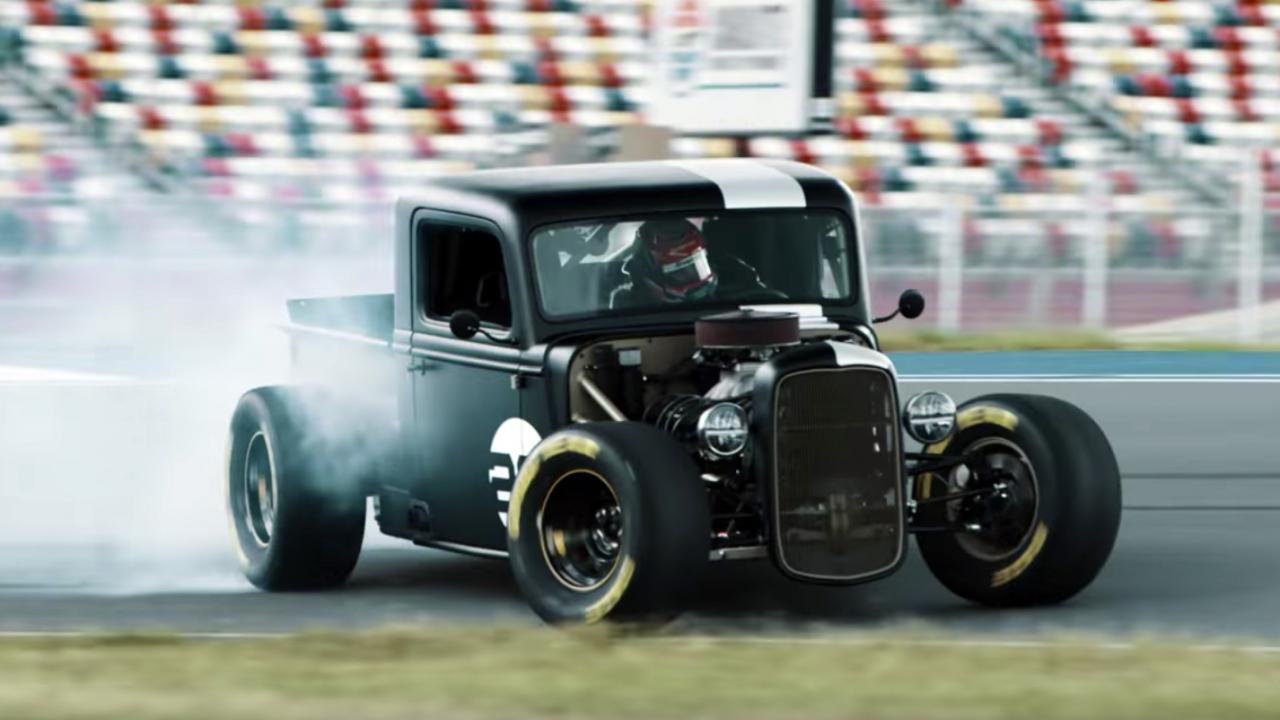 Watch a NASCAR driver drift the nuts off an 800bhp hot rod – Top Gear