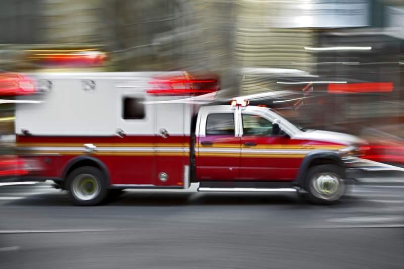 4-vehicle crash sparks grass fire near Sonoma Raceway – Santa Rosa Press Democrat