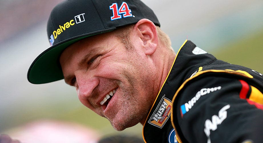 Clint Bowyer will return to Stewart-Haas Racing, No. 14 in 2020 – NASCAR