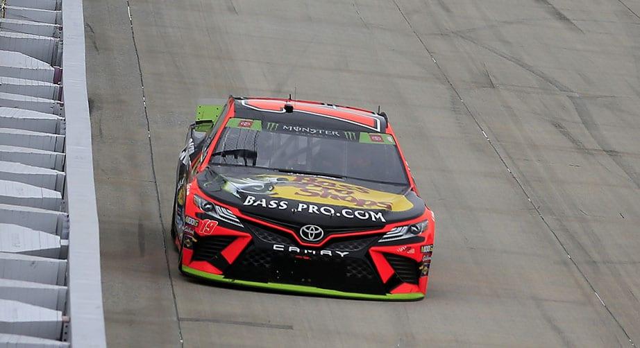 Hamlin, Truex Jr. split stage wins at Dover – NASCAR