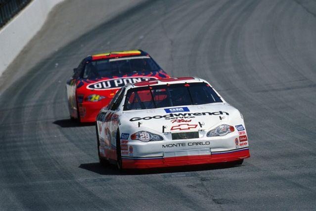 Harvick set to pass major Earnhardt NASCAR Cup Series milestone – Yahoo Sports