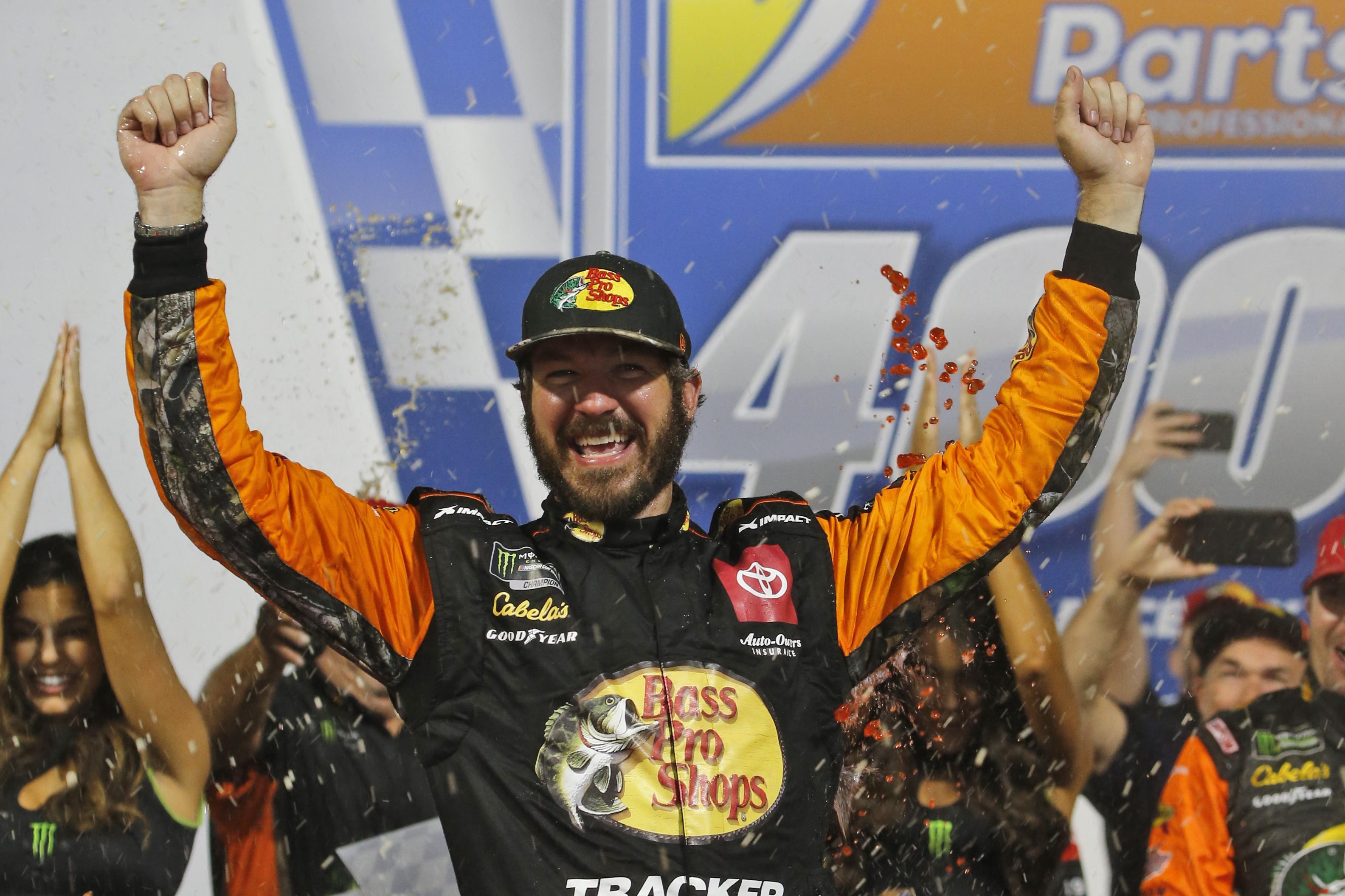 Hollywood Casino 400 at Kansas: 2019 NASCAR® Fantasy Driver Rankings – DraftKings Playbook