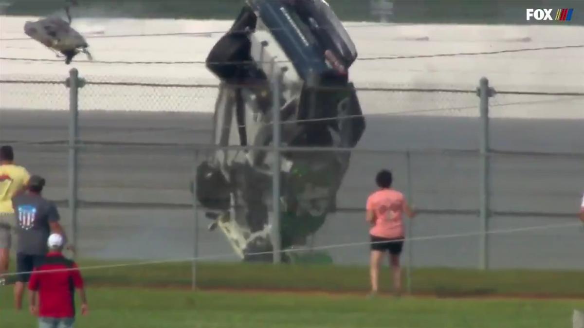 Kyle Larson takes terrible tumble to end Talladega Cup race – 247Sports