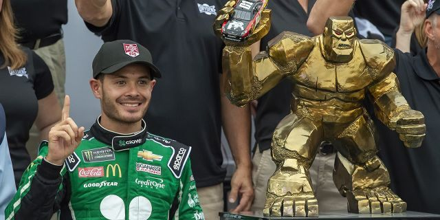 Kyle Larson wins NASCAR's Monster Mile in Dover – Fox News