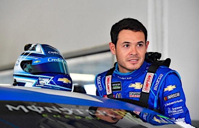 Larson racing with broken rib – Tireball Sports