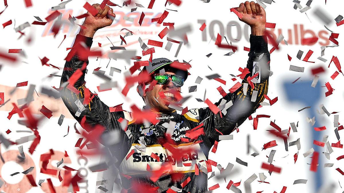 NASCAR at Dover odds, picks 2019: Model says Aric Almirola surprises at Gander RV 400 – CBS Sports