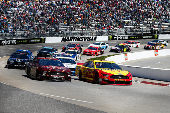 NASCAR DFS: First Data 500 Playbook – FantasyAlarm.com