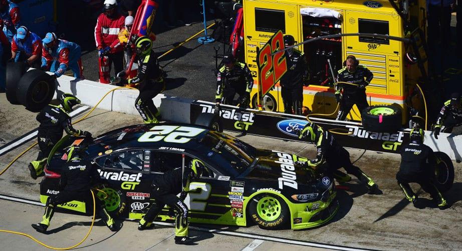 Team Penske pit crews undergo changes at Martinsville – NASCAR