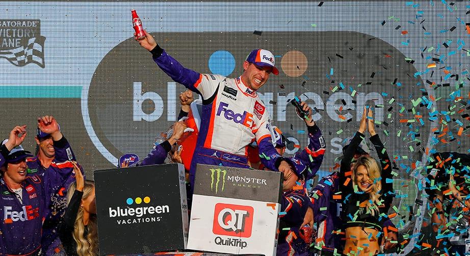 Denny Hamlin seals title bid with clinching Phoenix victory – NASCAR