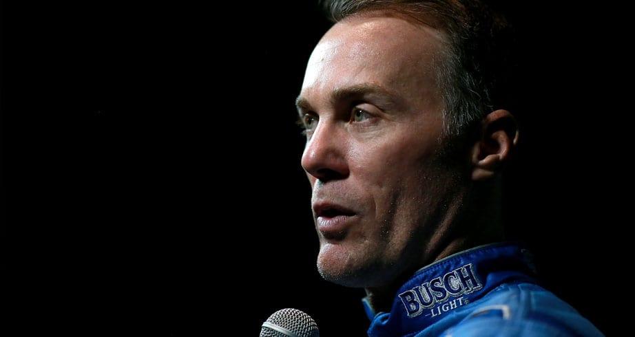 Harvick on 3 vs. 1 battle: 'It isn't basketball, this is car racing' – NASCAR