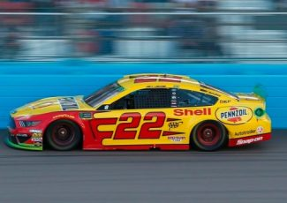 Logano can't defend NASCAR title after mystery slide – TSN