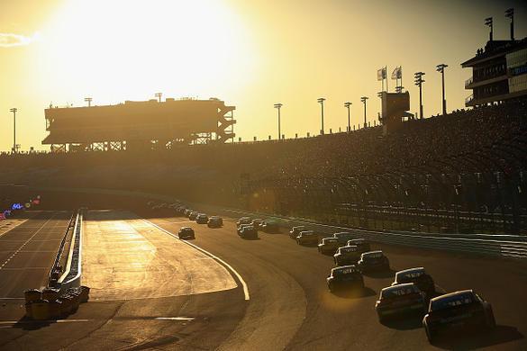 NASCAR DFS: Ford EcoBoost 400 Track Breakdown – FantasyAlarm.com