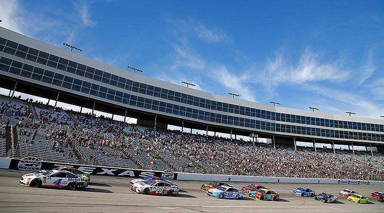 NASCAR Fantasy Picks: Best Texas Motor Speedway Drivers for DraftKings – Athlon Sports