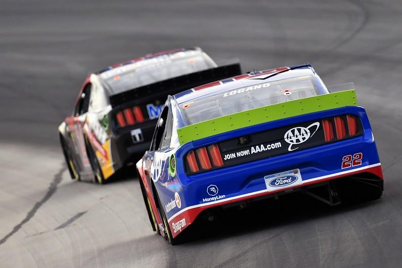 Texas NASCAR: Kevin Harvick leads Stewart-Haas 1-2-3 – autosport.com