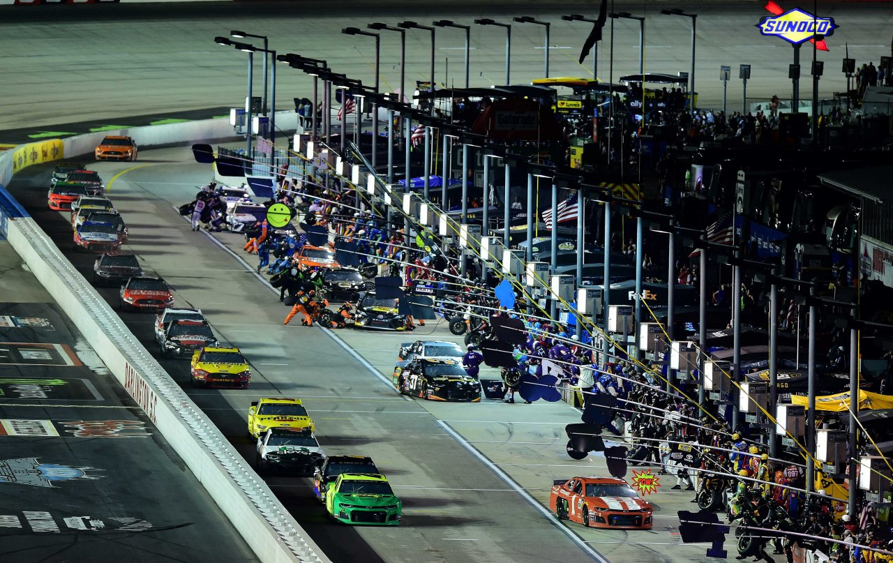 2019 NASCAR Pit Road Penalties: Ranking 800+ violations – Racing News