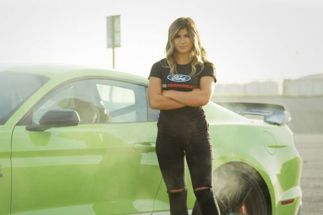 Why a rising NASCAR junior chose Ford over Toyota – Yahoo Sports
