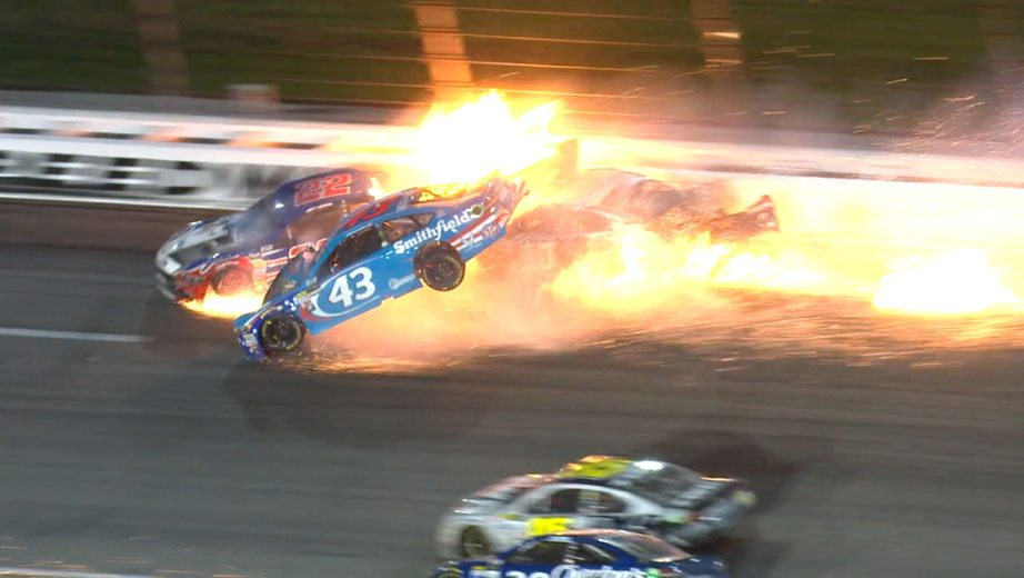 Aric Almirola wreck: Almirola suffered compression fracture in wreck – Nascar
