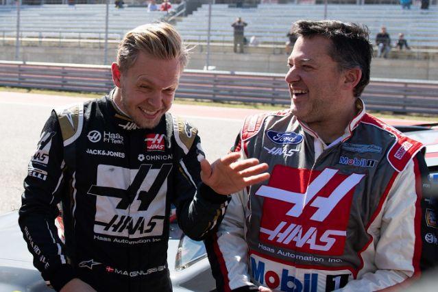 """Asinine"" NASCAR and Formula 1 date clash frustrates Tony Stewart – Yahoo Sports"