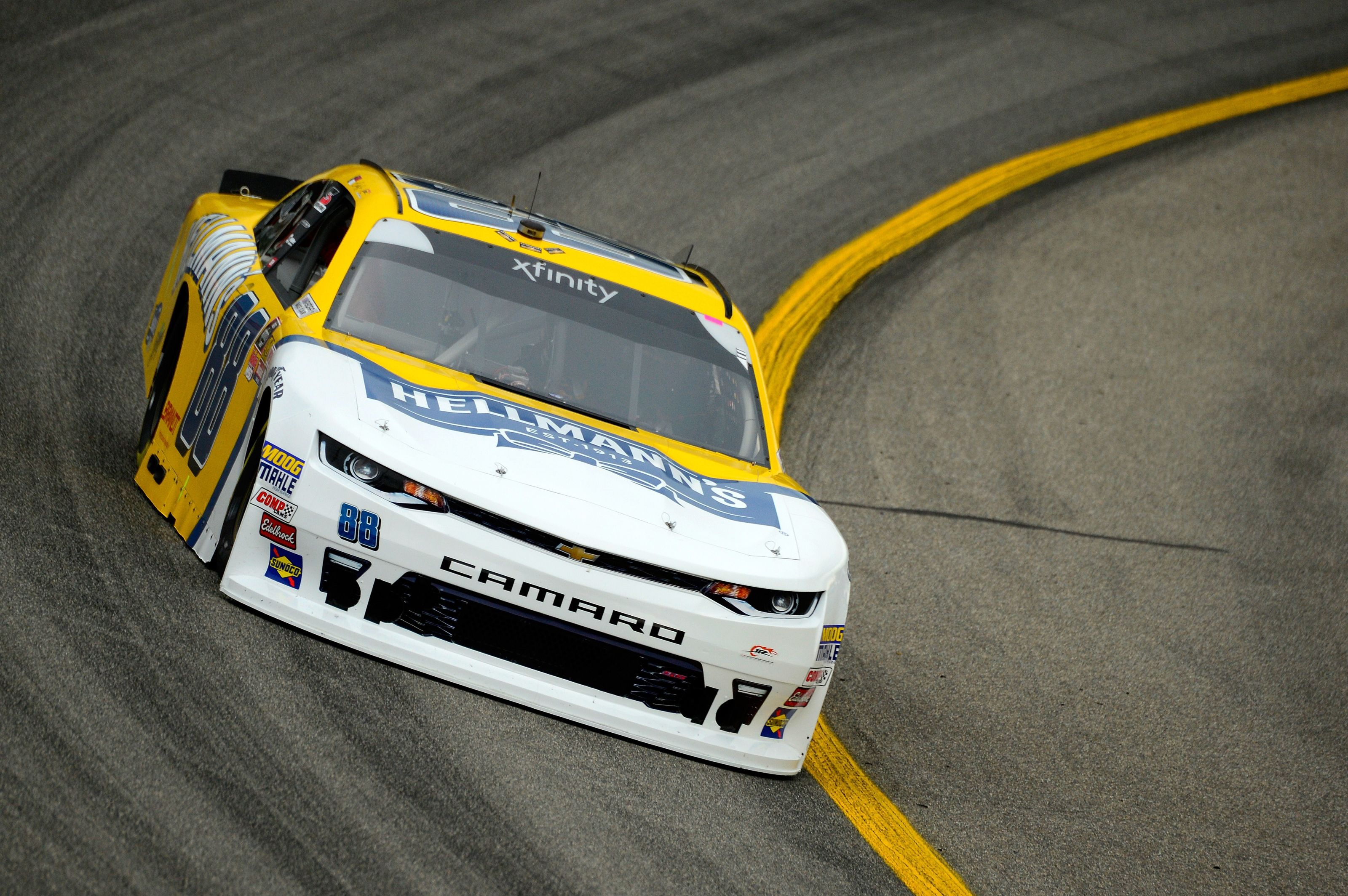 Earnhardt name back in NASCAR for 46th consecutive year – Beyond the Flag