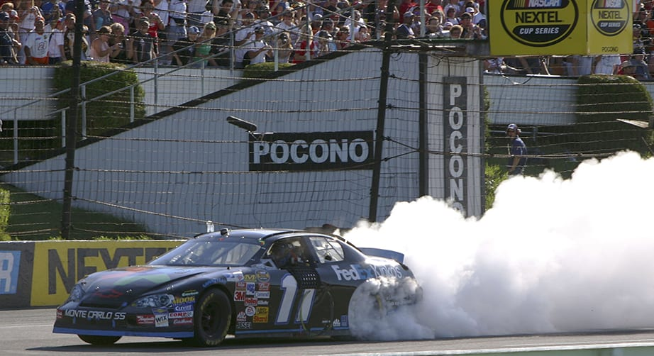 Full Race Replay: Hamlin sweeps Pocono in 2006 as rookie – NASCAR
