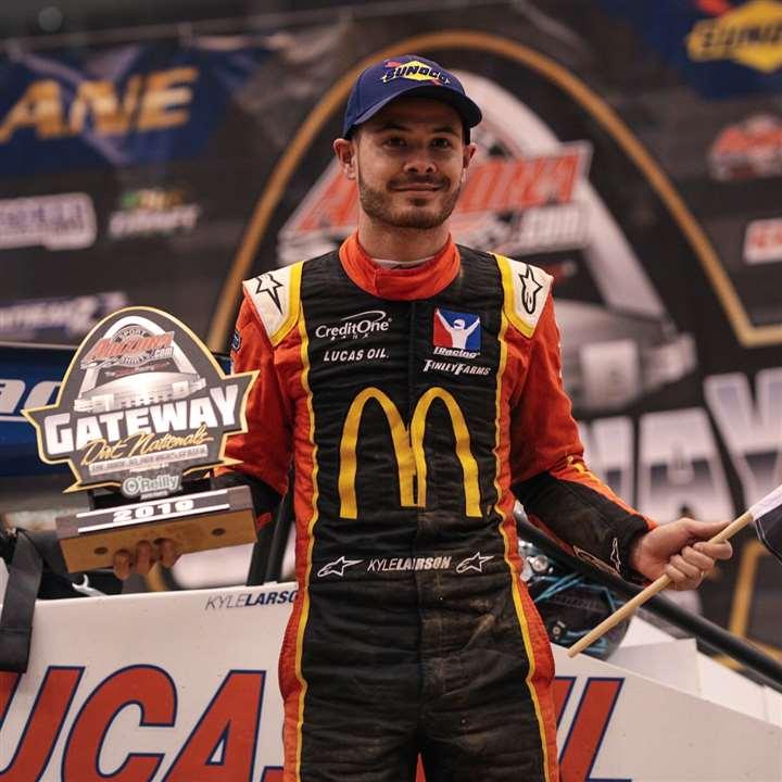 Larson leads NASCAR drivers' efforts on dirt – Kingsport Times News