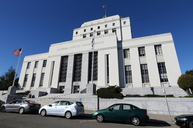 Lavish vacation homes, vintage cars, private Pitbull concert, pro baseball team: DC Solar owners plead guilty in billion-dollar Ponzi scheme – East Bay Times