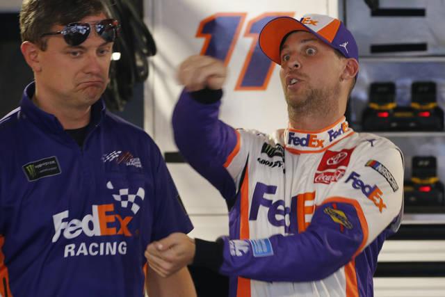 Denny Hamlin racing for NASCAR title with torn labrum in shoulder – TribLIVE