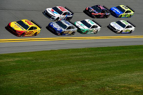 DFS NASCAR: Busch Clash Example Lineups – FantasyAlarm.com