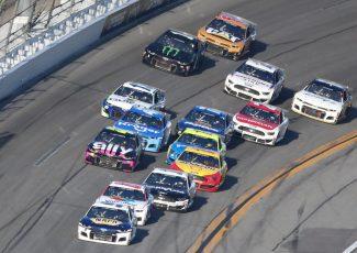 In photo finish, Denny Hamlin wins second straight Daytona 500 as Ryan Newman injured in scary crash – USA TODAY