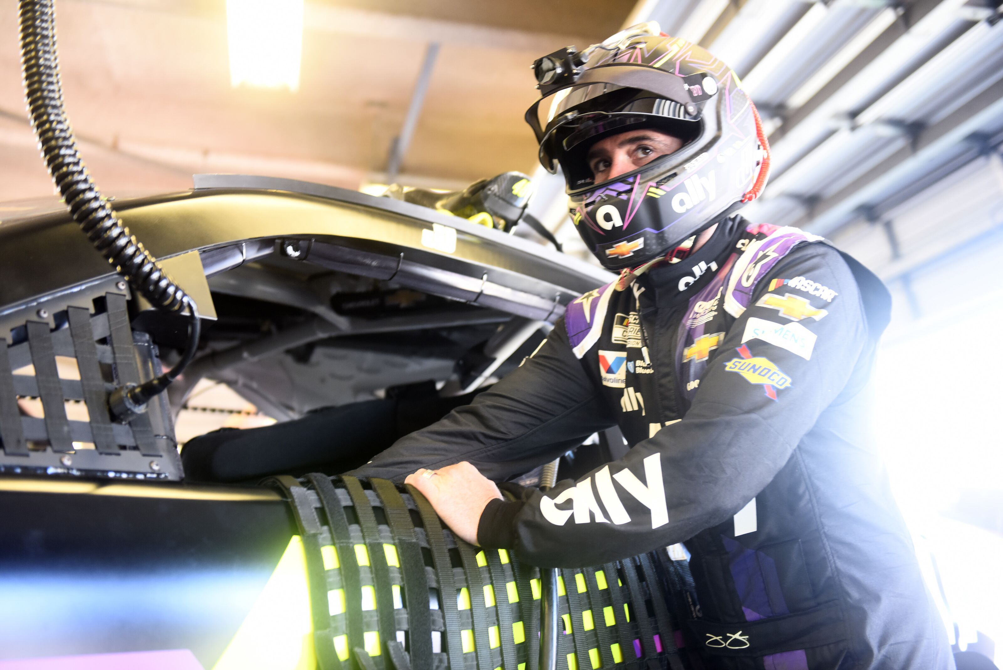 NASCAR: Jimmie Johnson 'not done racing', could return in 2021 – Beyond the Flag